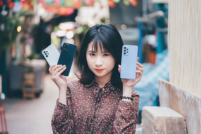 Samsung Galaxy A52 5G開箱評測與實測體驗 擁有旗艦規格的三星中階防水豆豆手機