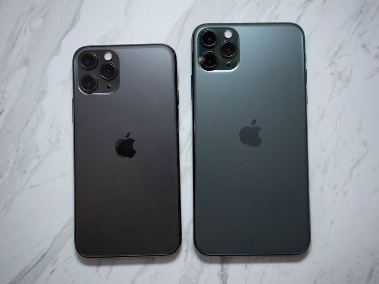 iPhone 11 Pro 系列的新色夜幕綠