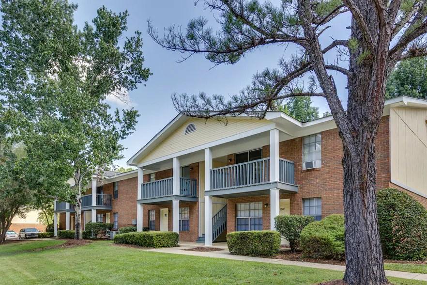 Aspen Village Apartment Homes  Tuscaloosa AL  Apartment Finder