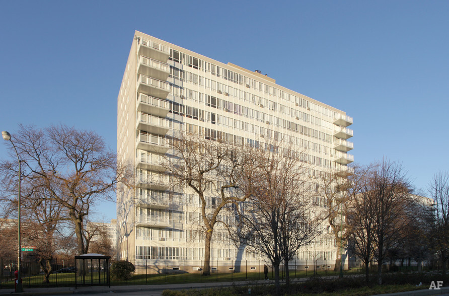 Lake Meadows Chicago IL Apartment Finder