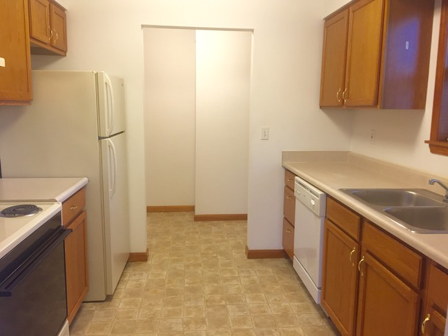 2442 Waterford Dr  Bowling Green KY  Apartment Finder