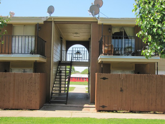 Country Living Apartments  Sachse TX  Apartment Finder