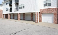Standing Bear Lake Apartments - Omaha, NE | Apartment Finder