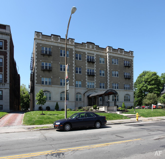 Haddon Hall Apartments  Rochester NY  Apartment Finder