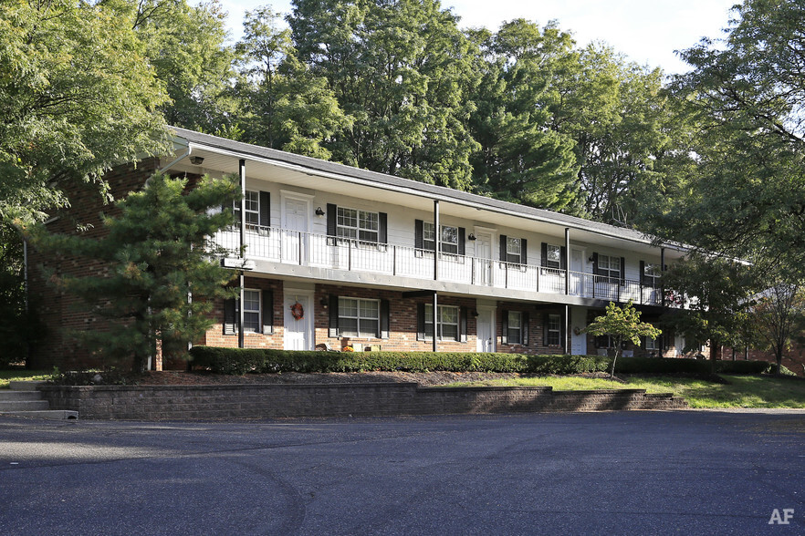 Brandemere Apartments
