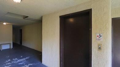 Casa Grande  Escondido CA  Apartment Finder