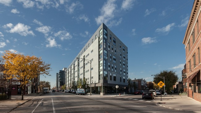 L Logan Square  Chicago IL  Apartment Finder