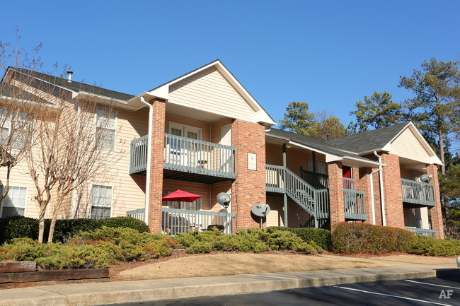 Cambridge Heights  Lithonia GA  Apartment Finder