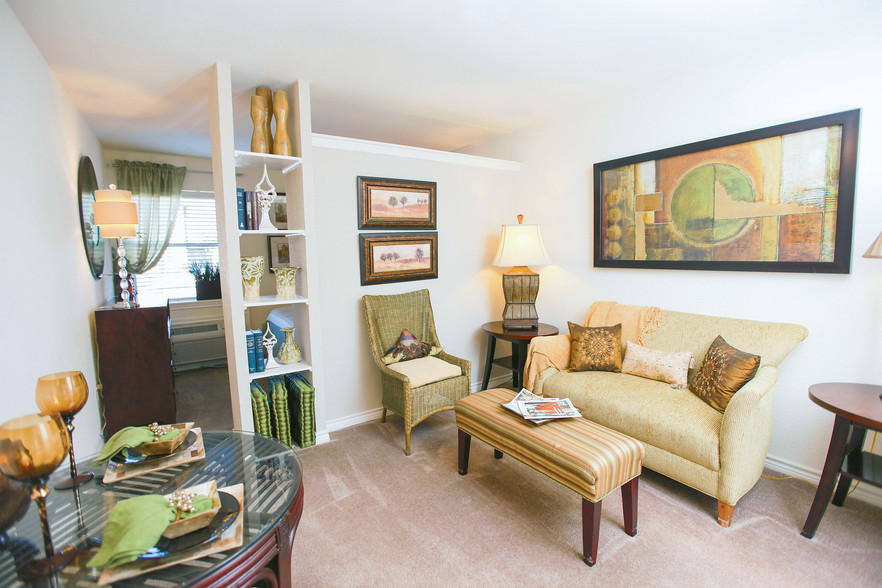 living room furniture for studio apartments ideas with brown sofa peppertree - metairie, la | apartment finder