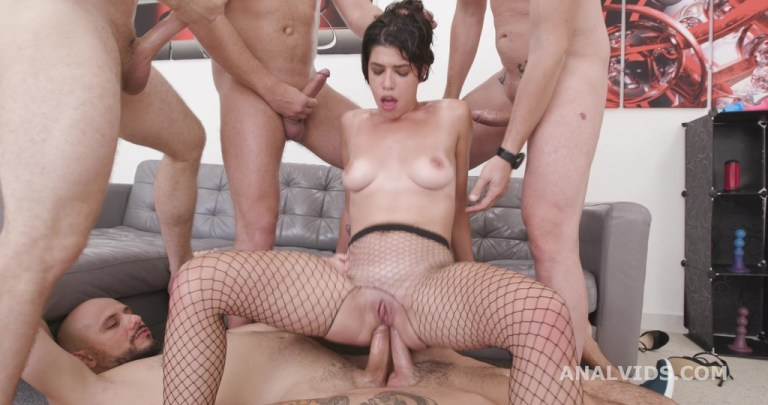 Elisabetta Zaffiro, 6on1, BBC, BWC, Anal and No Pussy, ATM, DAP, Gapes, Cum in Mouth, Swallow GIO1896