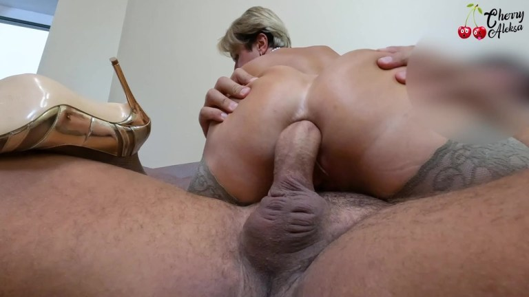 Hot Milf Deepthroat Cock and had Anal Sex for Money till Creampie