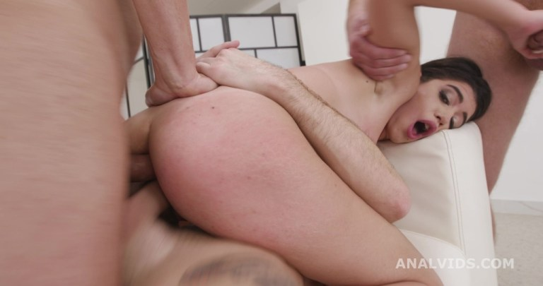 DAP Destination, Elisabetta Zaffiro 4on1 First Time DAP with Balls Deep Anal, Gapes, Creampie and Swallow GIO1715