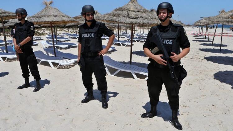 Cautand femeie pentru rela? ia Tunisia