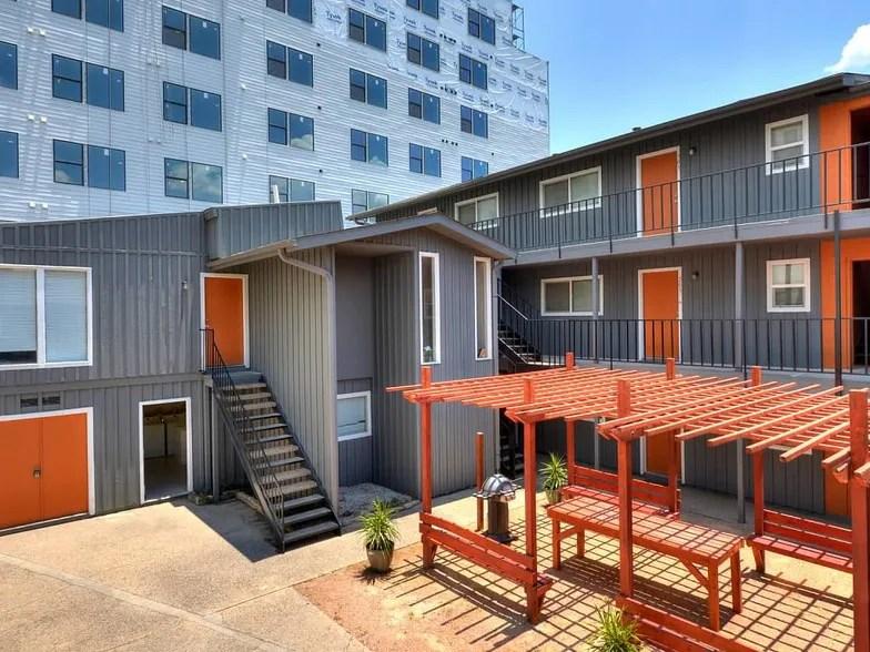 The Summit  Austin, Tx  Apartment Finder