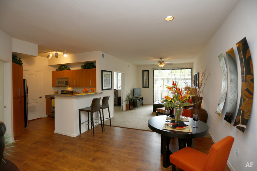 Acclaim Apartment Homes  Phoenix AZ  Apartment Finder