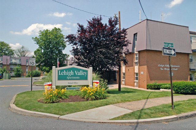 Lehigh Valley  Whitehall PA  Apartment Finder