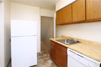 Whitehall Place  Pittsburgh PA  Apartment Finder