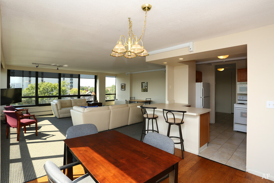Rock River Tower Rockford IL Apartment Finder