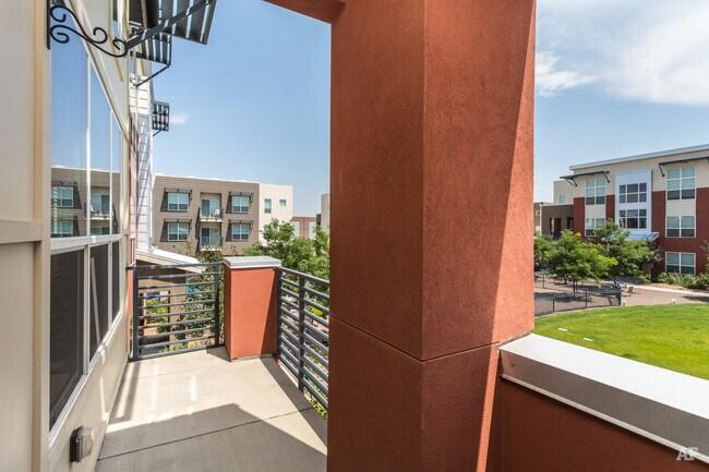 Apartments Botanica Stapleton
