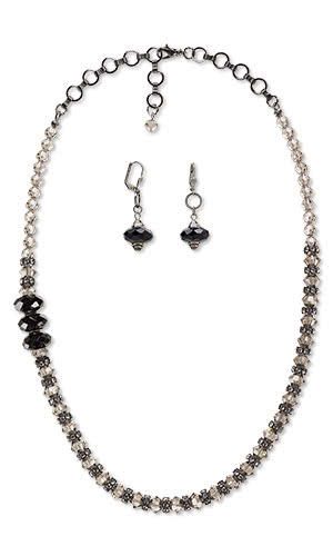 Single-Strand Necklace and Earring Set with SWAROVSKI