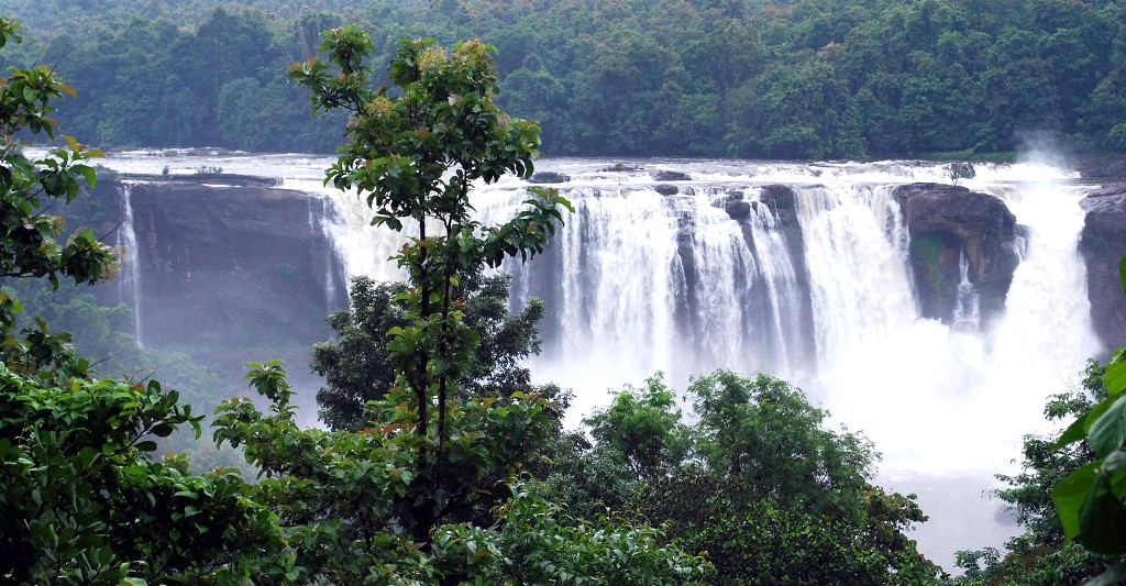 Athirapally Falls Wallpapers Athirappilly Falls Athirappilly Reviews Information
