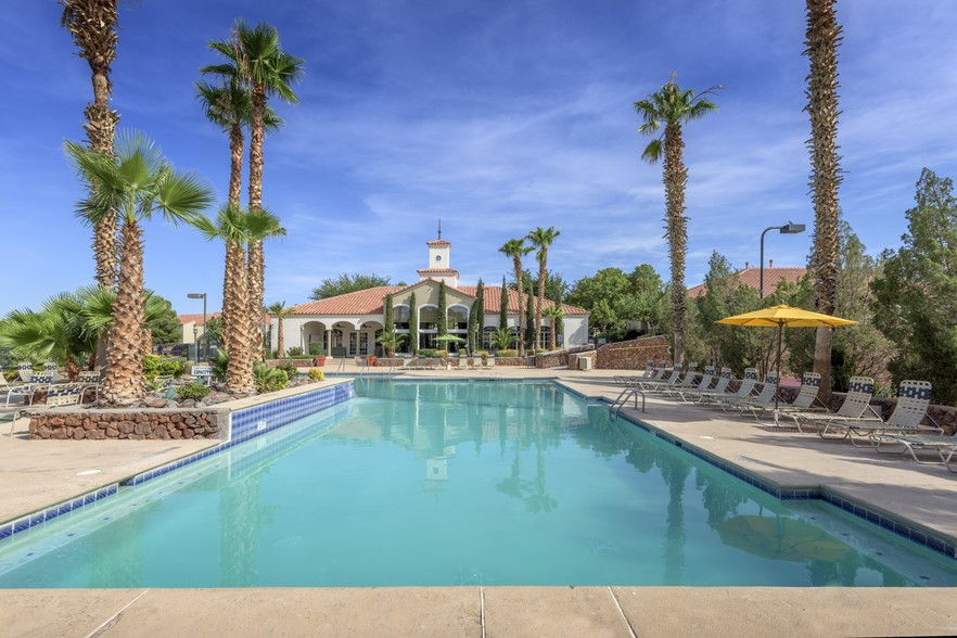 Retreat at Mesa Hills  El Paso TX  Apartment Finder