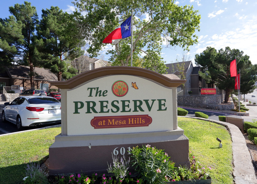 The Preserve at Mesa Hills  El Paso TX  Apartment Finder