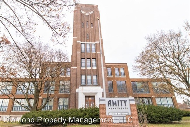 Amity Apartments West Bend Wi
