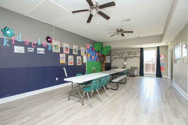 Waterford Grove  Houston TX  Apartment Finder