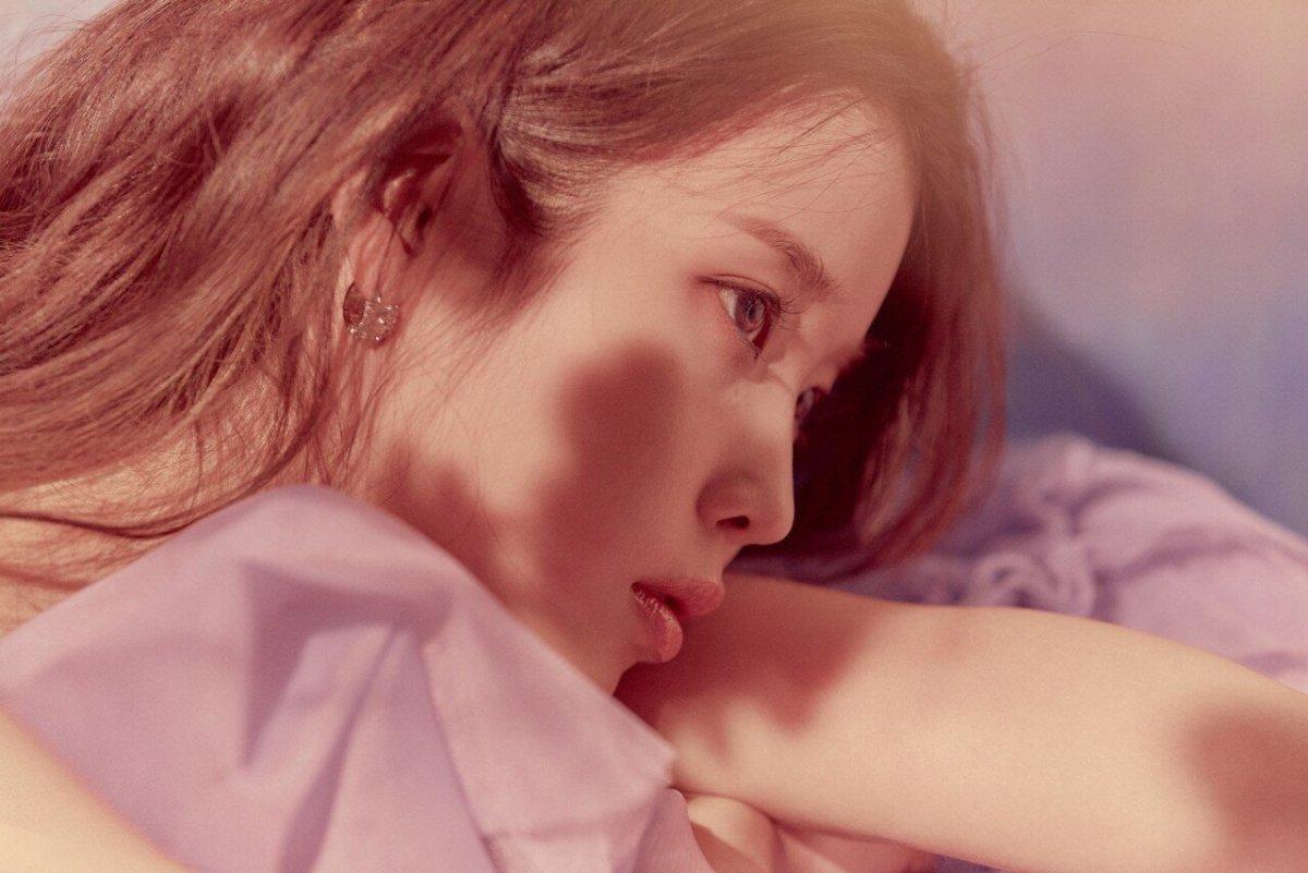 20210224_000036.jpg IU 5th Album Teaser 'HILAC'