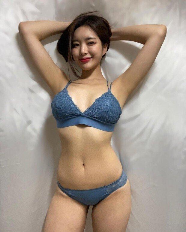 다운로드.jpg ㅇㅎ) 직접 속옷모델도 하는 女쇼호스트