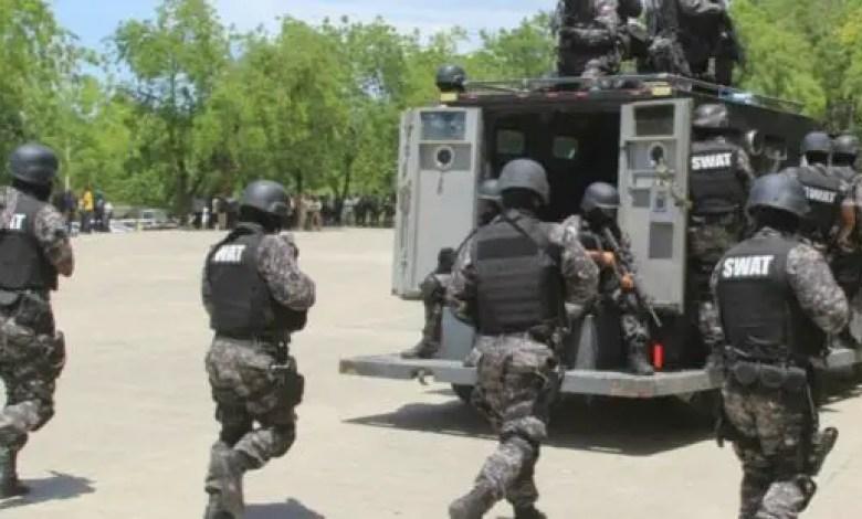 La Police Nationale d'Haiti prévient les manifestants des modalités et interdit le Boulevard Toussaint Louverture - PNH