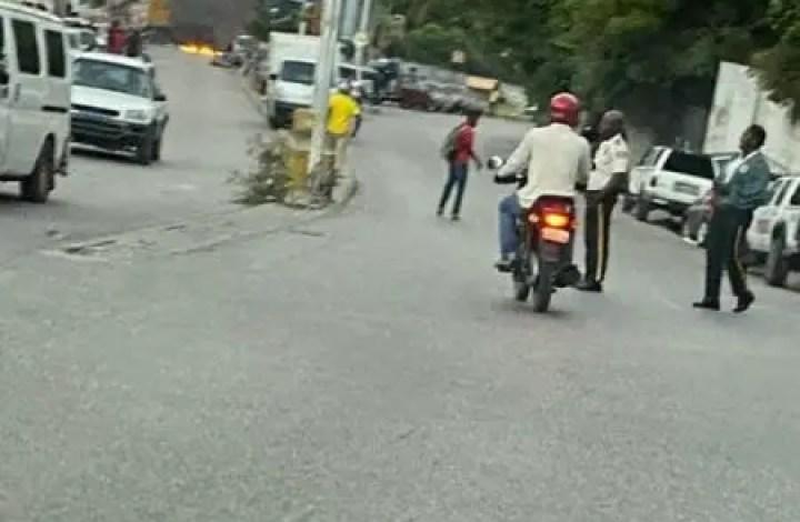 Haïti - kidnapping: Vives protestations au bas de canapé-vert ce lundi 30 novembre - canapé vert, Kidnapping
