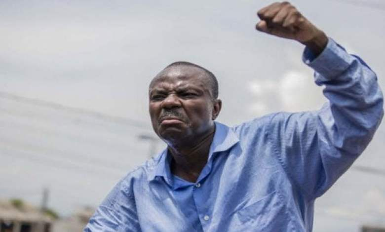Haiti-Dollars: Moise Jean Charles parle d'une reunion au Palais national. -