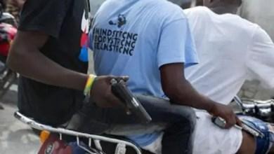 FusilladeauxairesdeChamps-de-mars:unmortet unblessérecensés. - André Michel, Coronavirus, Massacre