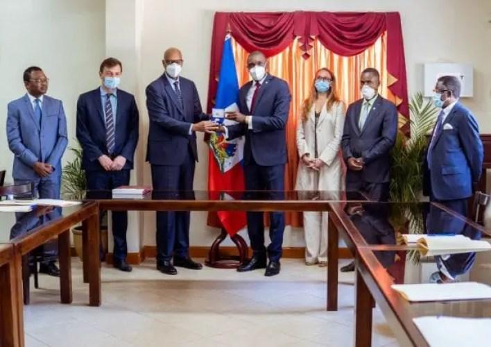 Haïti-Crise: Une délégation de l'OIF rencontre les autorités dont Jovenel Moïse et le président du Sénat - crise, Haïti, Joseph Lambert, Jovenel Moïse, OIF