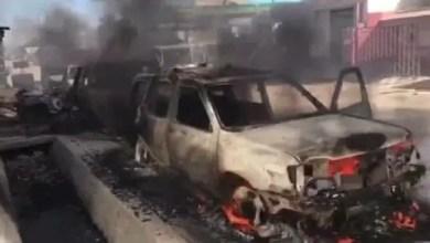 Plusieurs véhicules incendiés par le gangs armé de 400 mawozo - 400 Mawozo, Croix-des-Bouquets
