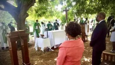 Nippes: le PM Ariel Henry a assisté à une messe de requiem en mémoire des victimes du séisme du 14 août - Nippes, Séisme