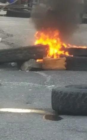 Sud/Décombres: protestation à Cavaillon contre l'inaction des autorités -