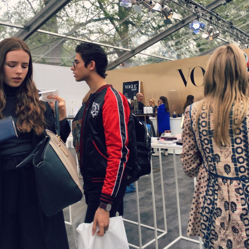 IA UPDATE Vogue Festival 2016 Street Style Day 1 Pt. 1 by Troy Wise & Rick Guzman. Spring 2016, www.imageamplified.com, Image Amplified (26)