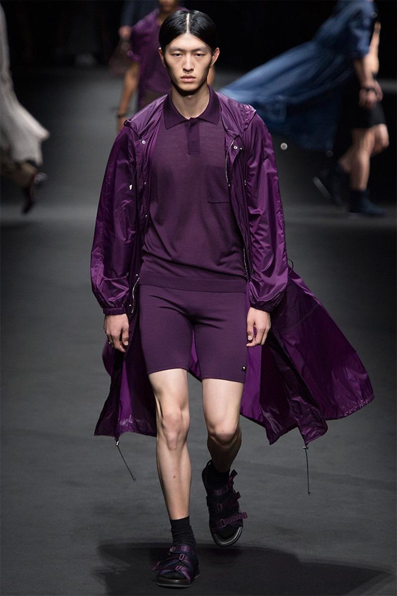 MILAN FASHION WEEK Versace Spring 2017. www.imageamplified.com, Image Amplified (20)