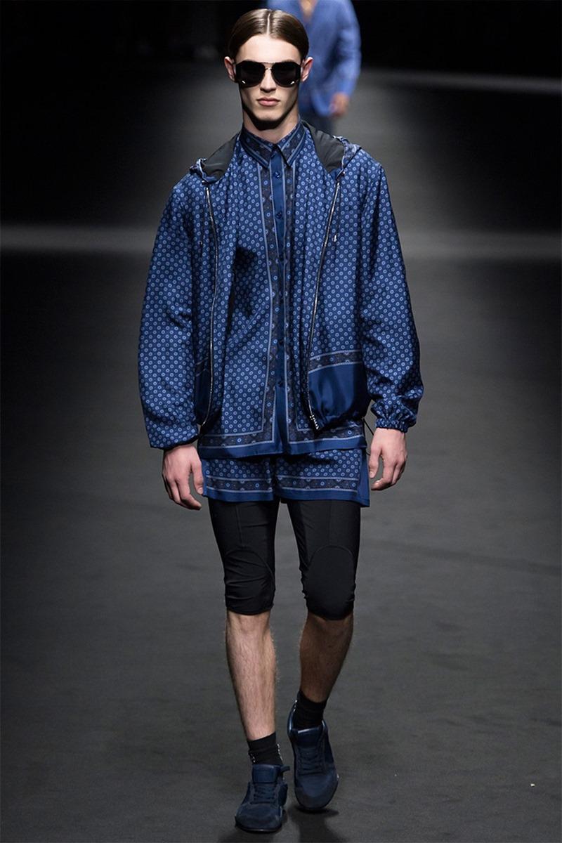 MILAN FASHION WEEK Versace Spring 2017. www.imageamplified.com, Image Amplified (23)