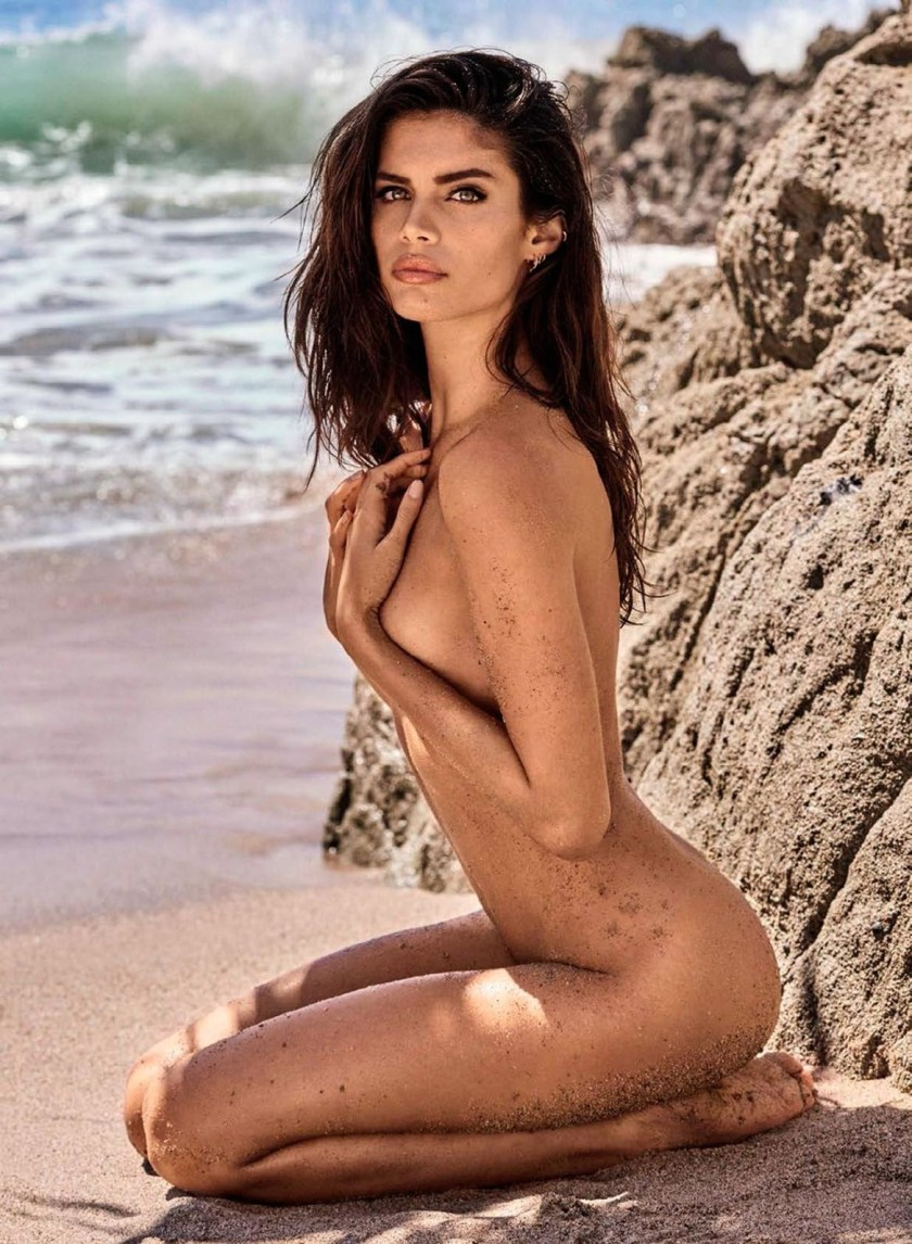 GQ SPAIN Sara Sampaio by Mariano Vivanco. Joana de la Fuente, August 2016, www.imageamplified.com, Image Amplified (5)