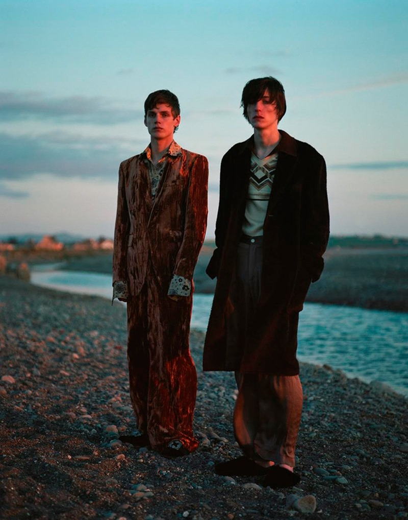 L'OFFICIEL HOMMES ITALIA Theo Neilson, Nick Fortna & Malik Jalloh by Laurence Ellis. Anders Solvsten Thomsen, Fall 2016, www.imageamplified.com, Image Amplified9