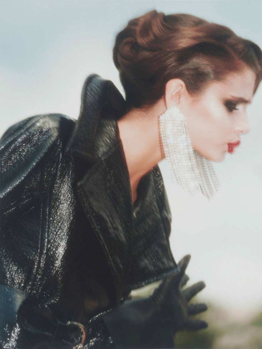 VOGUE PARIS Rose Insolence by David Sims. Emmanuelle Alt, August 2016, www.imageamplified.com, Image Amplified17