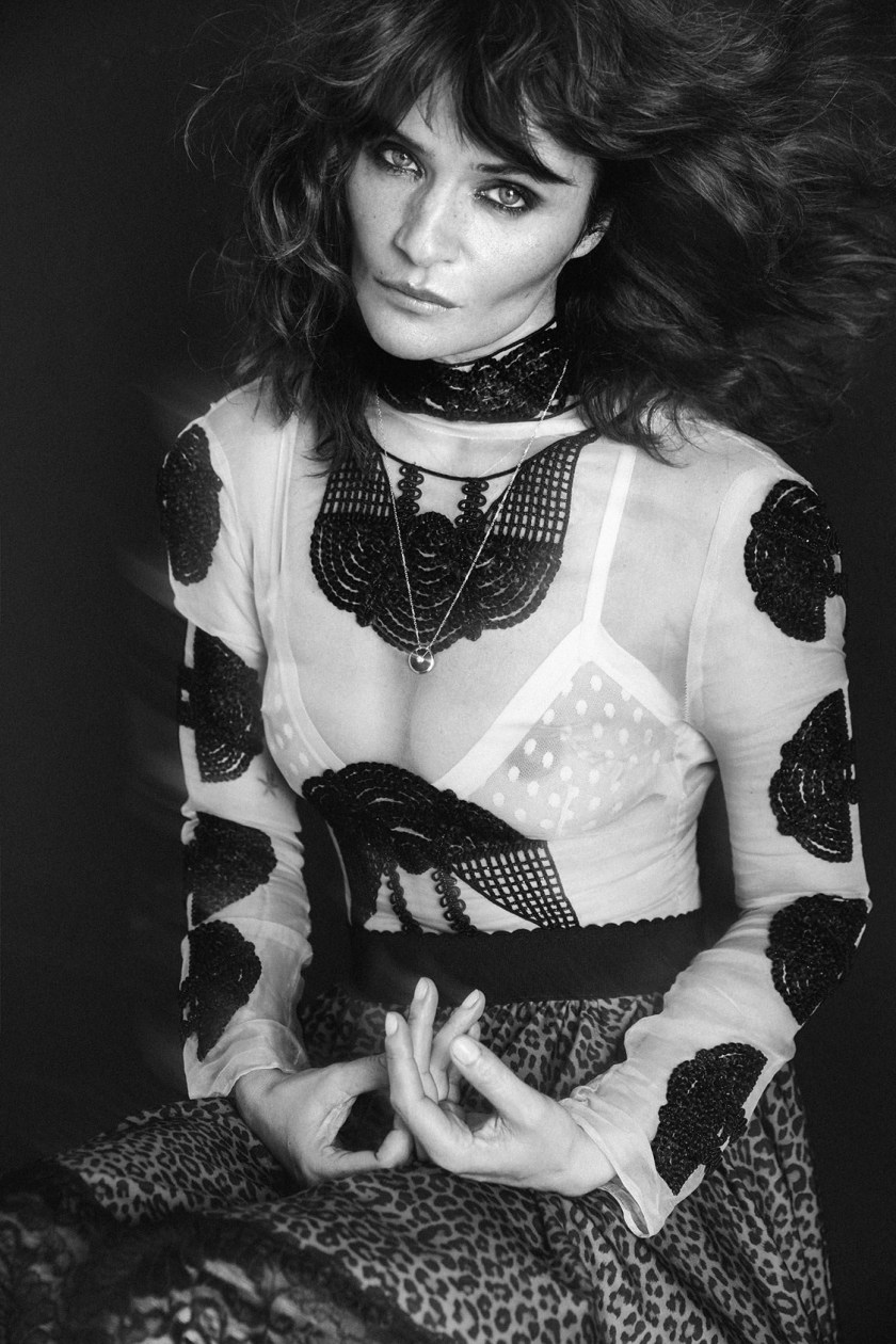 VOGUE PORTUGAL Helena Christensen by An Le. Paul Macedo, September 2016, www.imageamplified.com, Image Amplified8