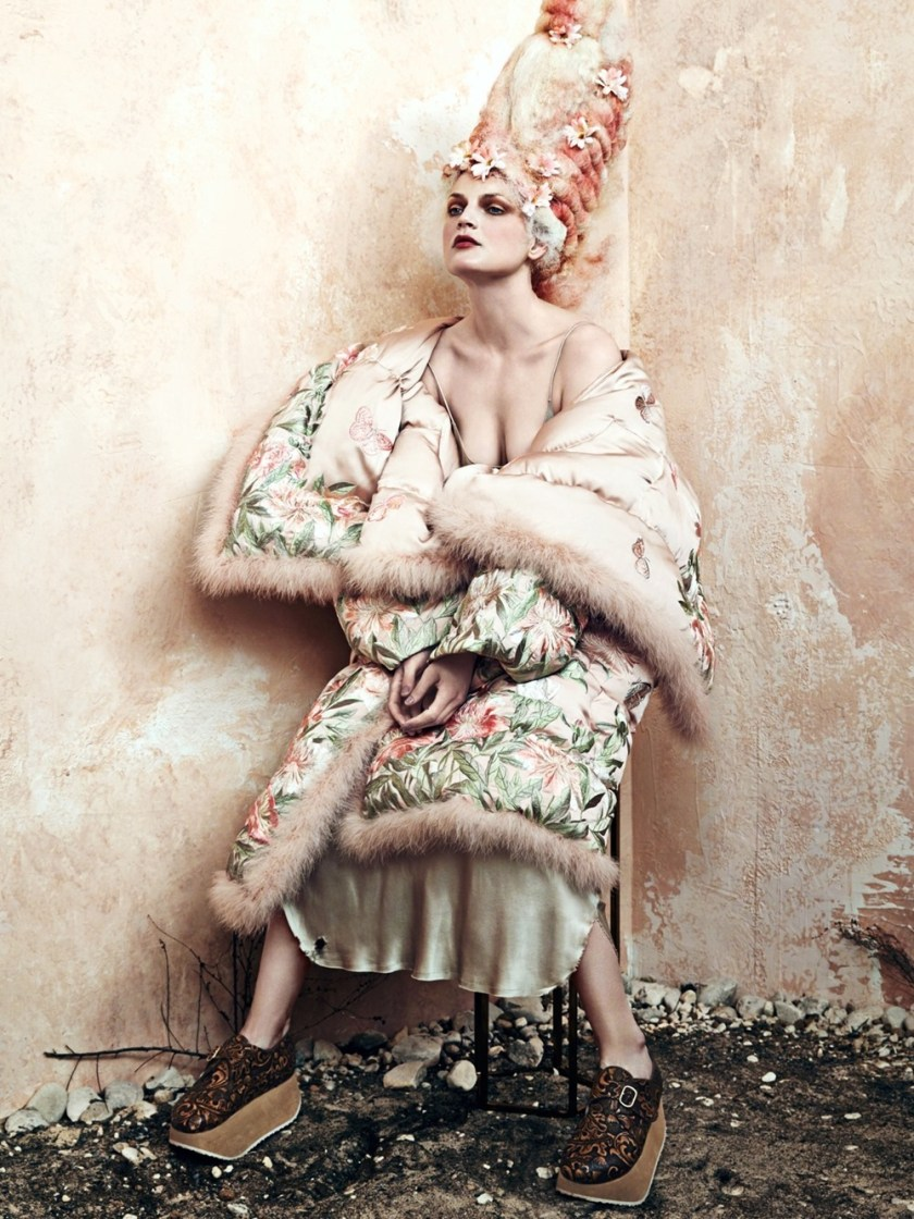 CR FASHION BOOK Guinevere van Seenus by Bjorn Iooss. Carine Roitfeld, Fall 2016, www.imageamplified.com, Image Amplified (1)