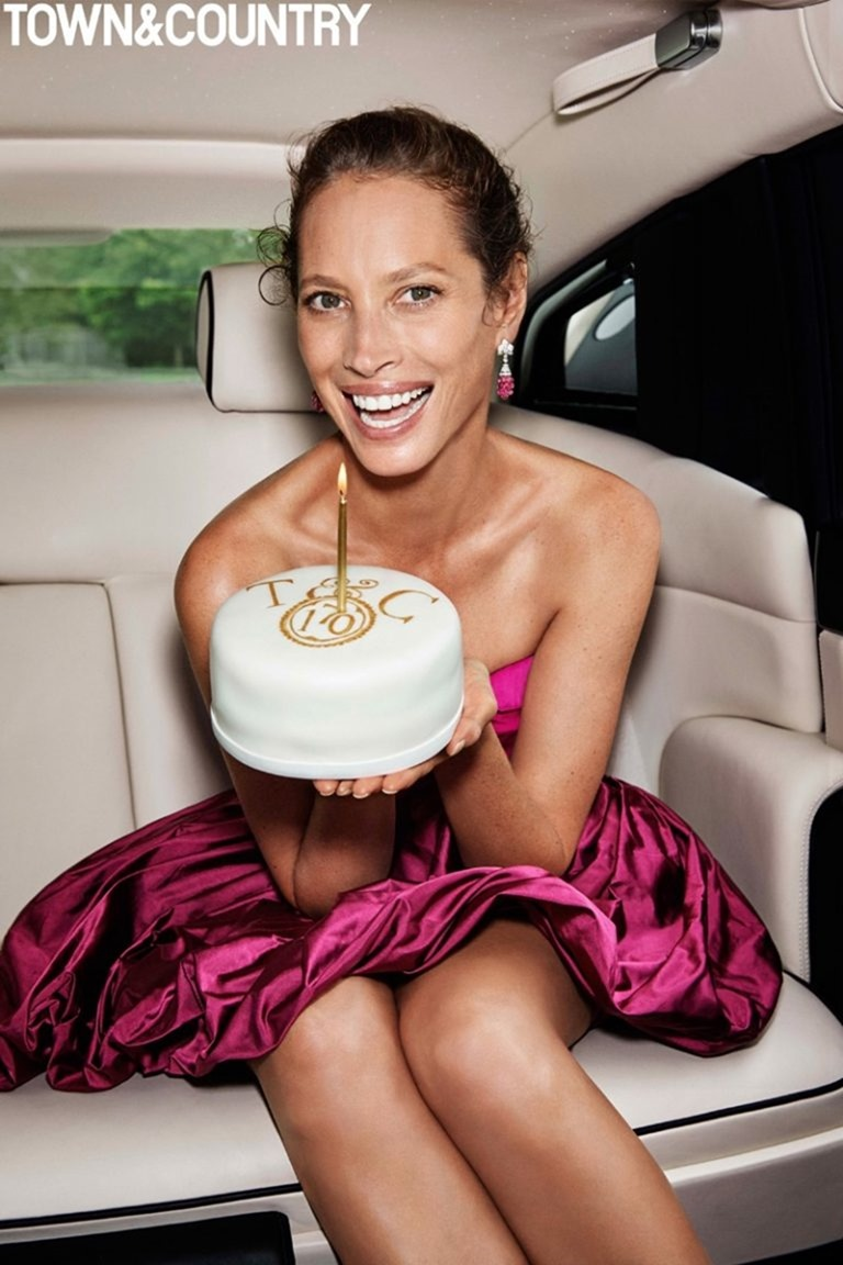 TOWN & COUNTRY MAGAZINE Christy Turlington by Max Vadukul. October 2016, www.imageamplified.com, Image Amplified (2)