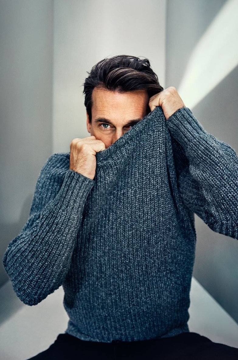 CAMPAIGN Jon Hamm for Mr Porter by Tomo Brejc. Gaelle Paul, www.imageamplified.com, image Amplified (5)