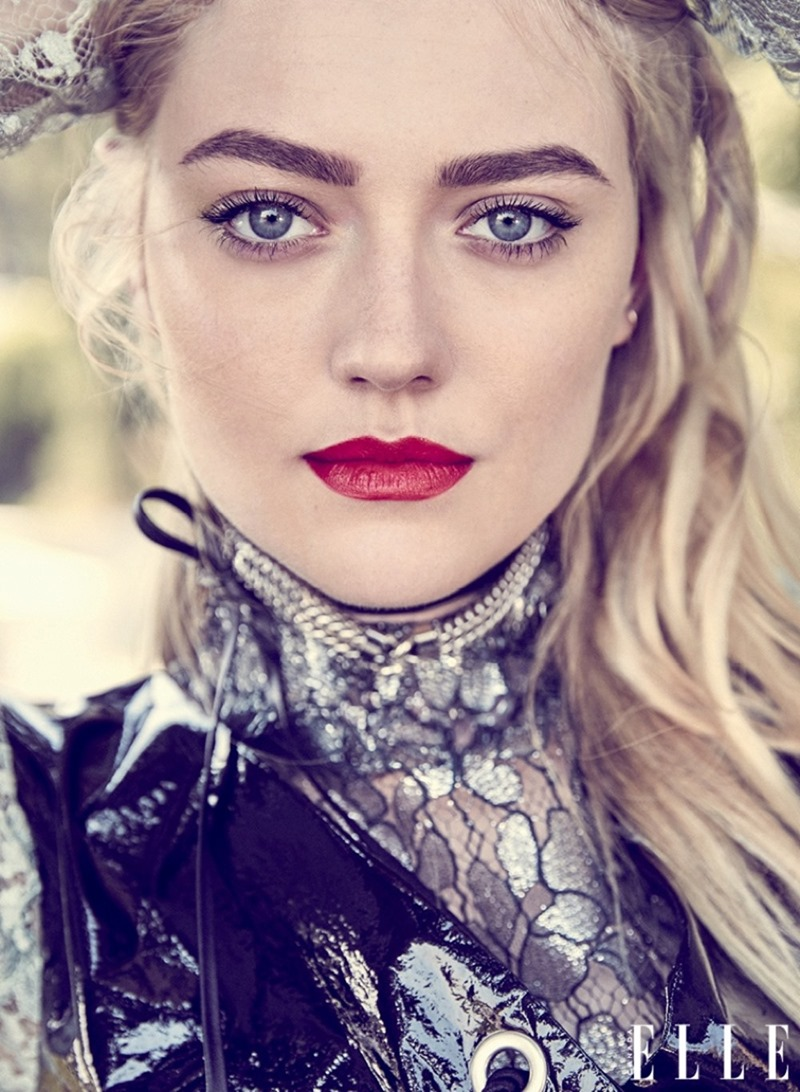ELLE CANADA Dakota Fanning by Max Abadian. Julianna Schiavinatto, November 2016, www.imageamplified.com, Image Amplified4